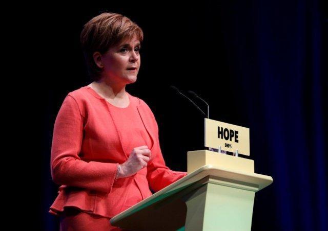 وزیر اسکاتلند ترامپ را یک نژادپرست خواند